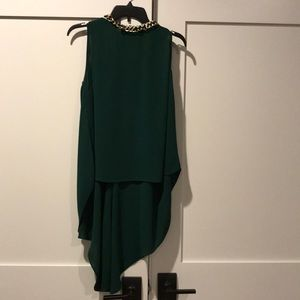 Green Greylin blouse with gold chain neckline